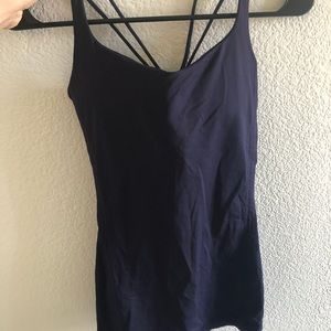 Lululemon purple tank top size 6